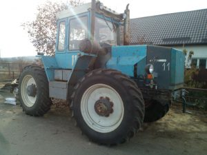 Трактор ХТЗ-16331: характеристики и особенности.