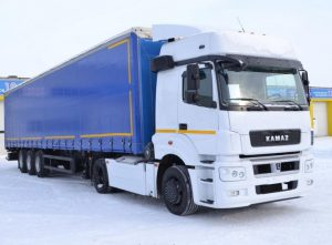 Большегрузный тягач КАМАЗ-5490