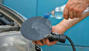Полировка стекол фар автомобиля — пошаговая инструкция
